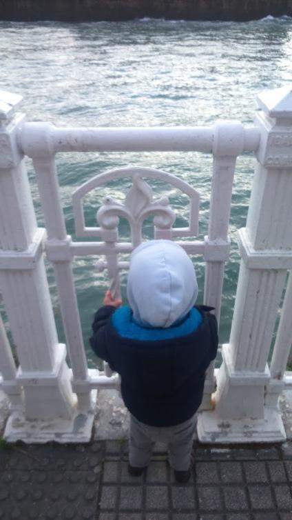 Descubrimos el mar y nos encanta
