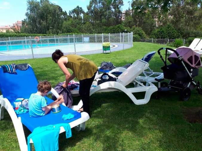campamentobase_piscina_intxurrondo_municipal_mispiesgriegosjpg