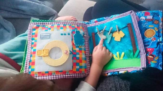libro_sensorial_mispiesgriegos