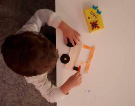 pintando-tractor-mispiesgriegos