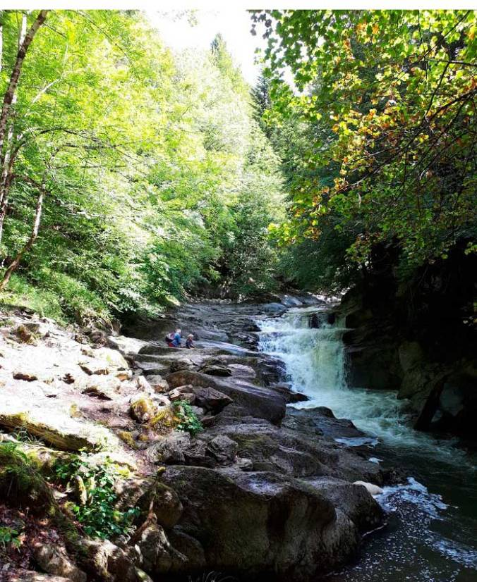 cascada-cubo_selva-de-irati-navarra-mis-pies-griegos